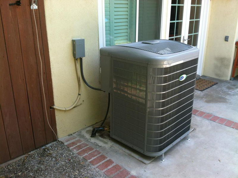 Air Conditioner<br>Carrier Infinity 16 Seer Condenser