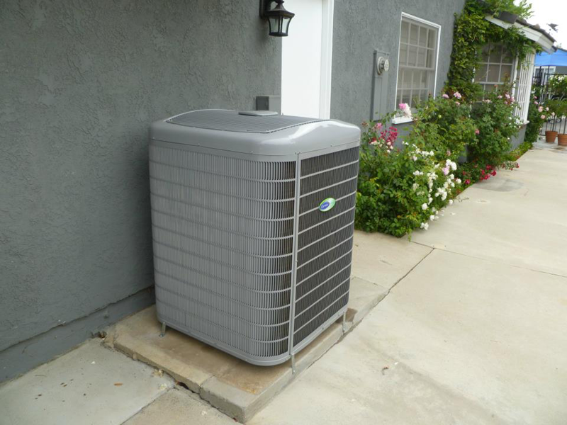 Air Conditioner<br>Carrier Infinity 17 Seer Condenser
